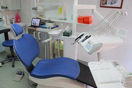 stanza blu - Odontoiatrica Urciuolo